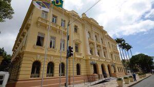 PE anuncia protocolo da retomada das atividades presenciais em órgãos e entidades públicas