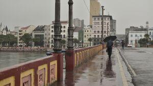 Apac renova alerta de chuvas moderadas a fortes para as próximas 24 horas