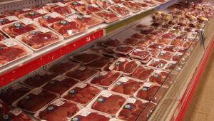 Importador brasileiro teme alta de preços com suspensão de carne argentina