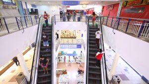 Shoppings da RMR são autorizados a funcionar em novo horário
