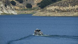 Autoridades encontram corpo no lago em que Naya Rivera desapareceu