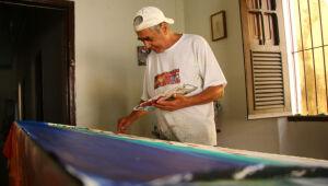 Morre o artista plástico Zé Som, aos 69 anos