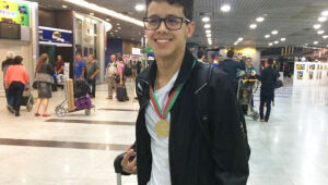 Pernambucano é único brasileiro a conquistar ouro na Olimpíada Internacional de Matemática