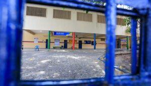 Professores da rede estadual de Pernambuco decidem entrar em greve; governo mantém retorno de aulas