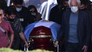 Médico particular de Maradona é acusado de 'homicídio culposo'
