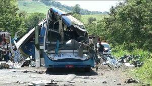 Sobe para 41 o número de mortos em acidente em Taguaí, no interior de São Paulo