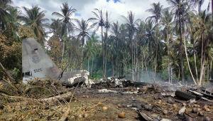 Almeno 29 persone sono morte in un incidente aereo militare nelle Filippine