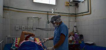 Covid-19: Brasil tem 16,1 milhões de casos e 449,8 mil mortes