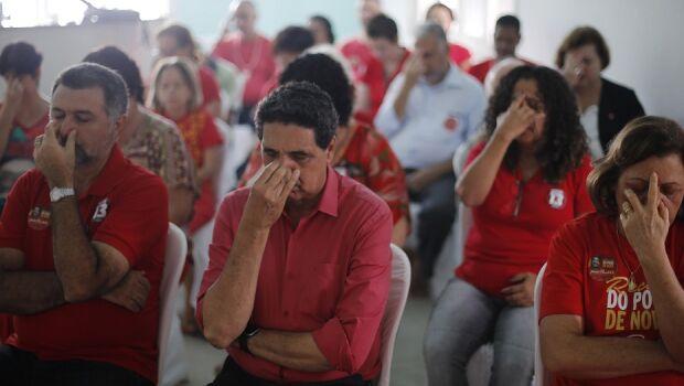 João Paulo começa o dia com meditação coletiva no comitê