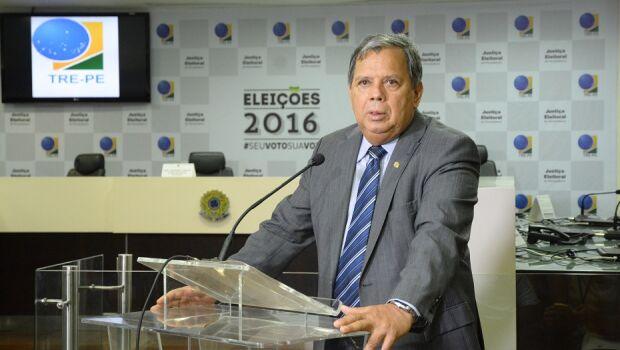 TRE-PE espera divulgar resultado das eleições até as 20h30