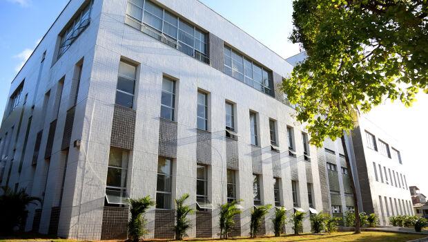 IFCE inscreve para 201 vagas até R$ 3,8 mil