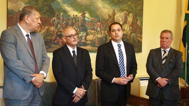 Paulo Câmara e Roberto Franca têm primeira reunião sobre Funase