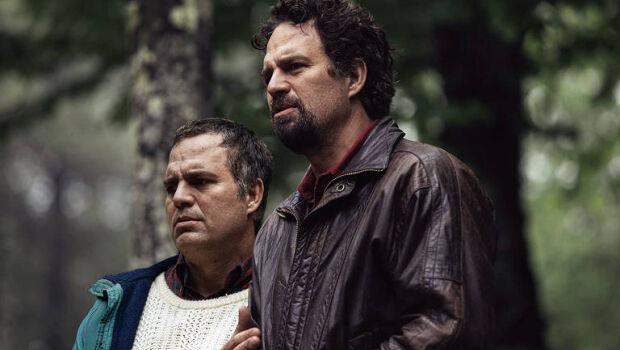 Atores de 'Os Vingadores' protagonizam minisséries dignas de Emmy