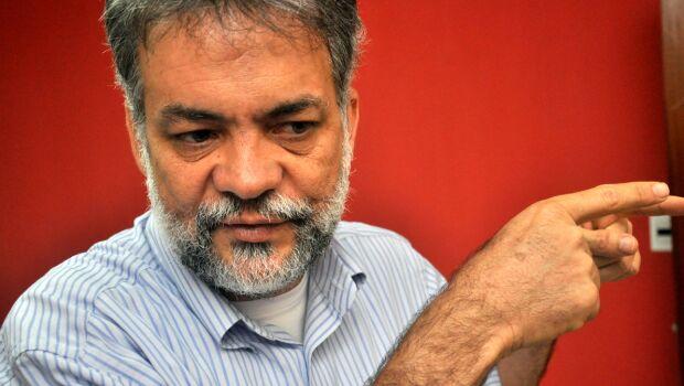 Tesoureiro do PT, Oscar entrega cargo sob rumores de destituição