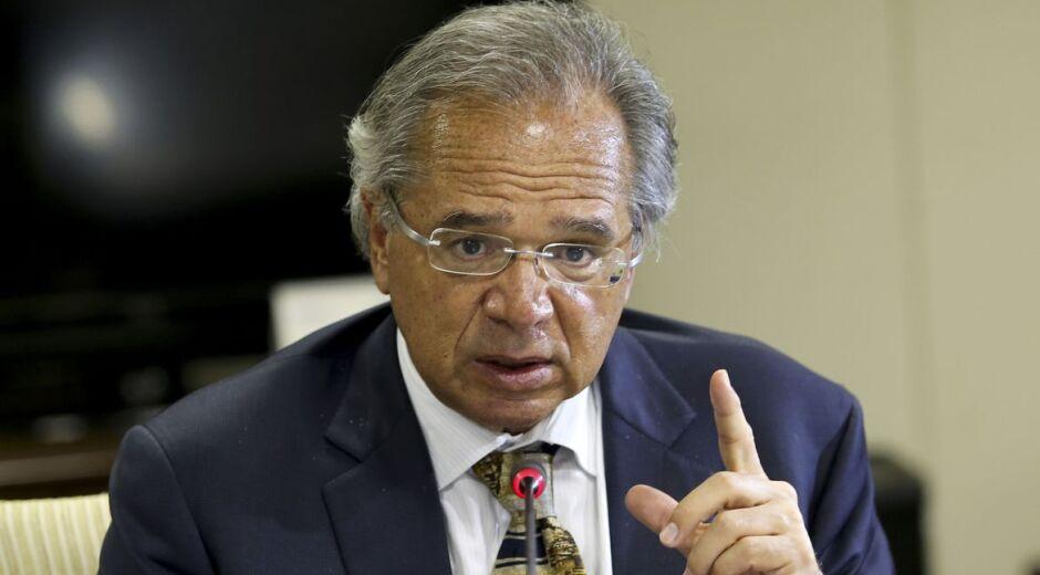 Tribunal suspende temporariamente investigação contra Guedes