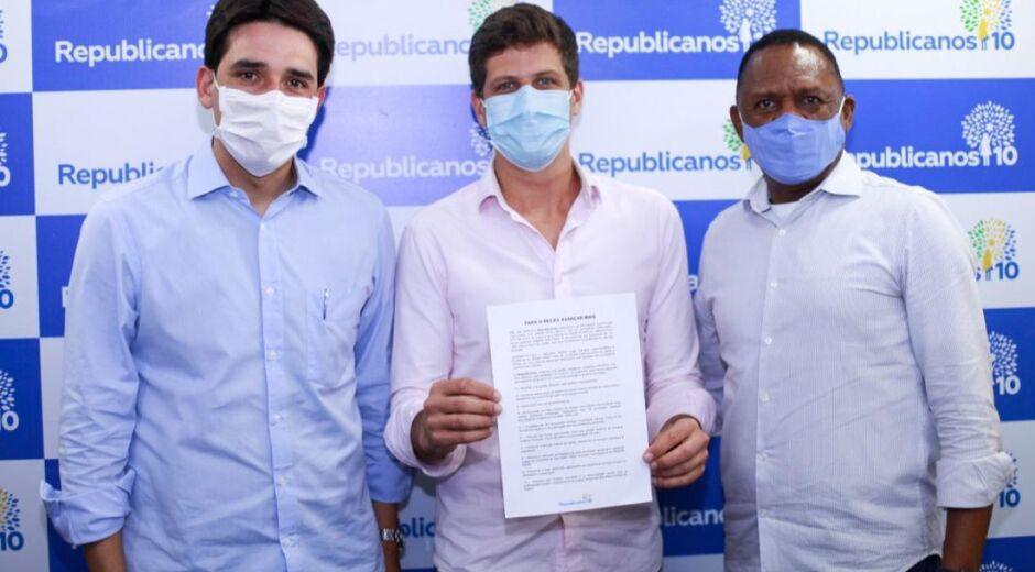 Republicanos declara apoio a João Campos para prefeito do Recife