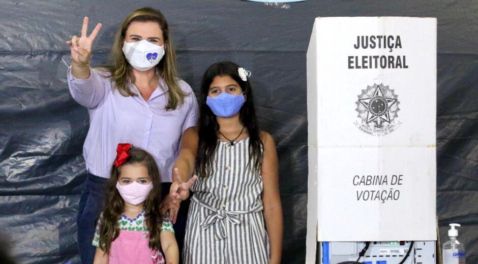 Marília Arraes vota, lembra do trabalho na campanha e diz: 'A vitória é nossa'