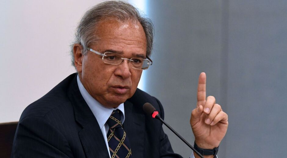Governo apresentará meta de déficit para 2021, diz Guedes