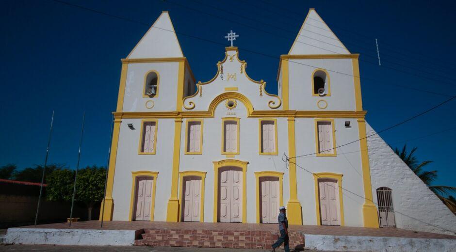 Fé, história e belas paisagens naturais no município de Cabrobó