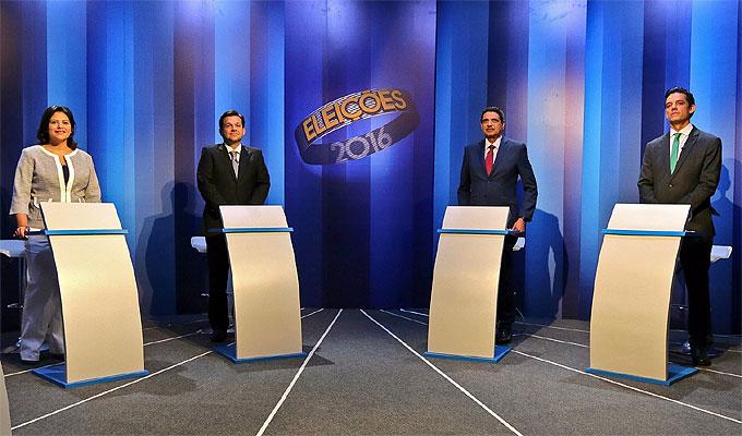Debate entre candidatos a PCR