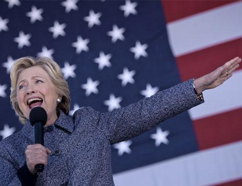 Hillary Clinton é advogada e candidata à presidência dos EUA em 2016