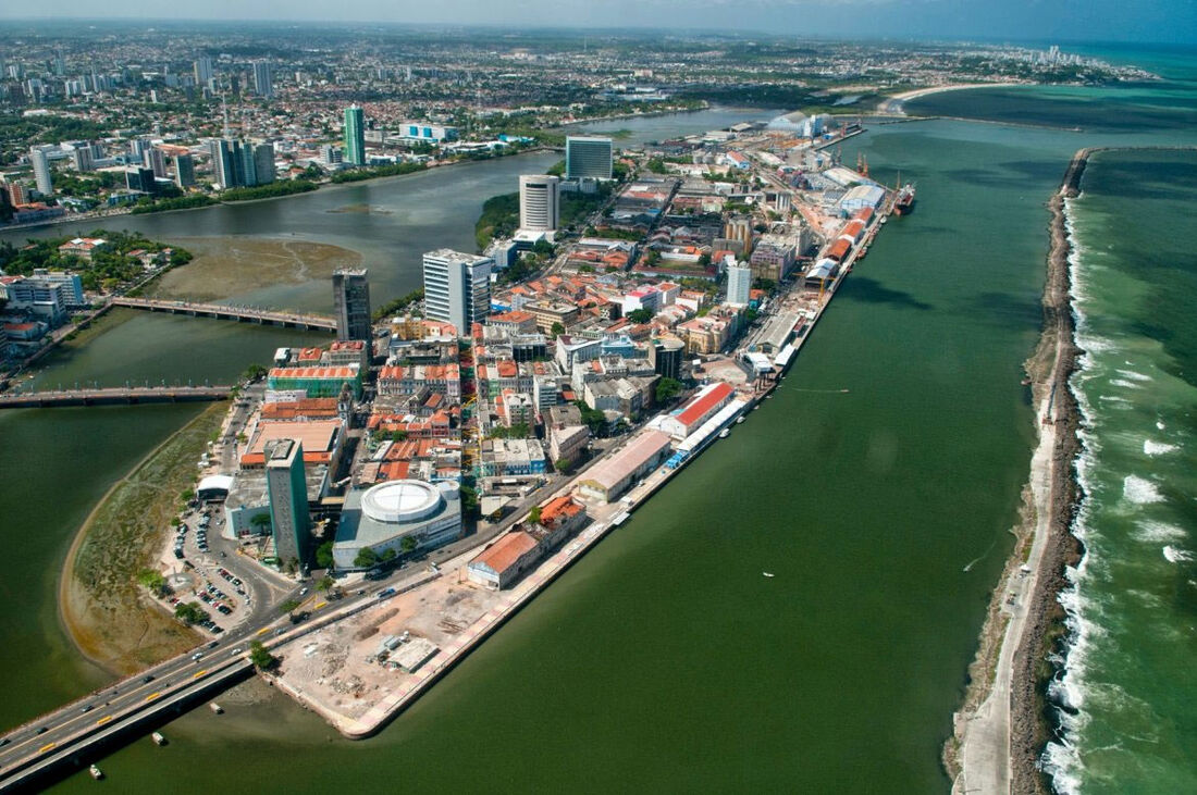 Área do Bairro do Recife e Porto Digital