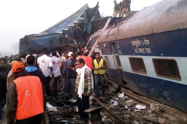 Trem descarrilou no norte da Índia