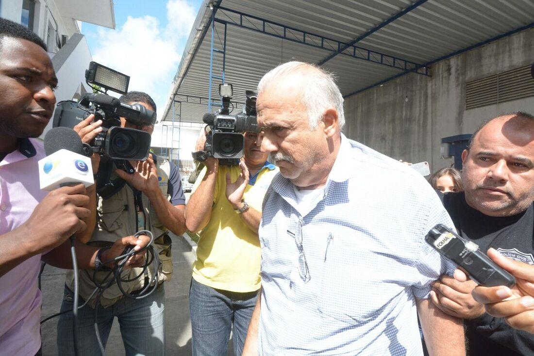 Romeu Jacobina de Figueiredo (prefeito de Ribeirão) preso na Operação Terra Arrasada II do MPPE com apoio da PCPE