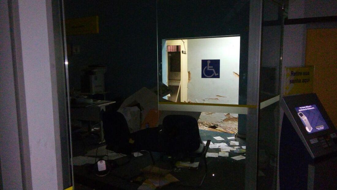 Agência do Banco do Brasil foi explodida