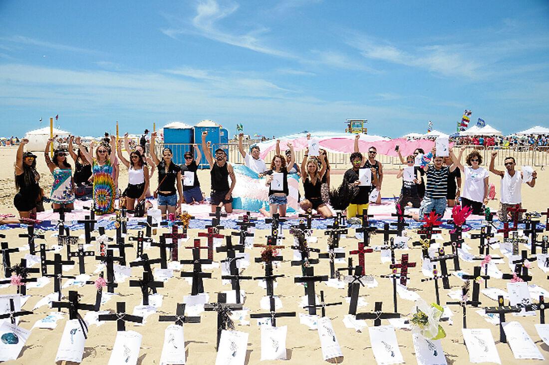 Protesto na praia de Copacabana