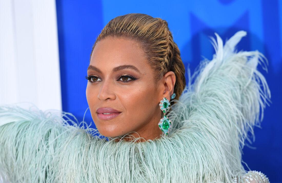 Beyoncé concorre a nove prêmios Grammy, send três nas categorias mais diputadas