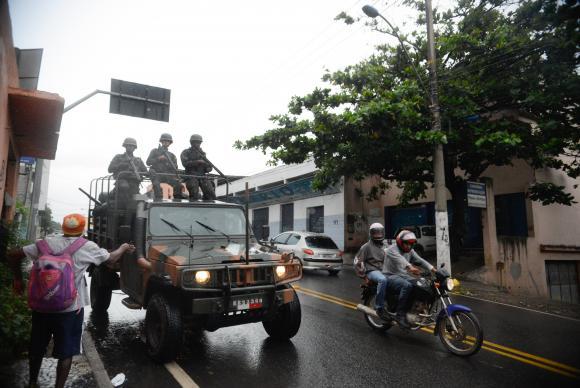 Exército regula segurança nas ruas
