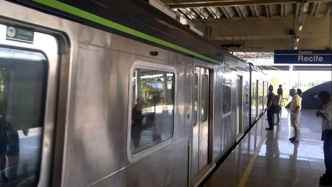 Uma dos arrastões teria ocorrido na Estação Tancredo Neves