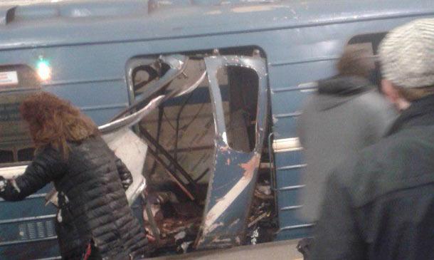 Explosão no metrô em São Petersburgo