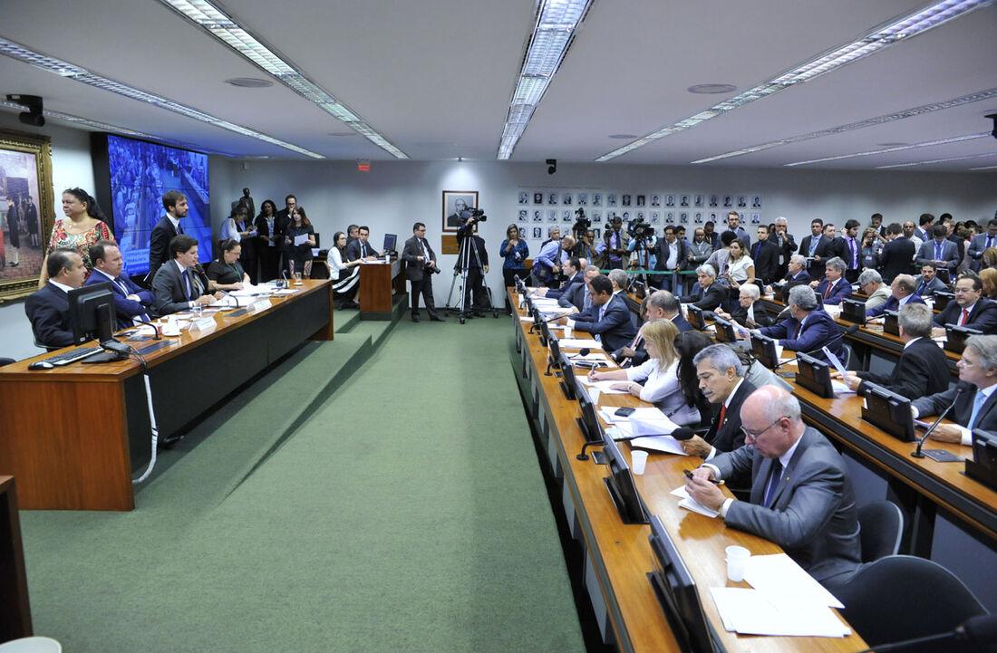Câmara dos Deputados vota a reforma trabalhista