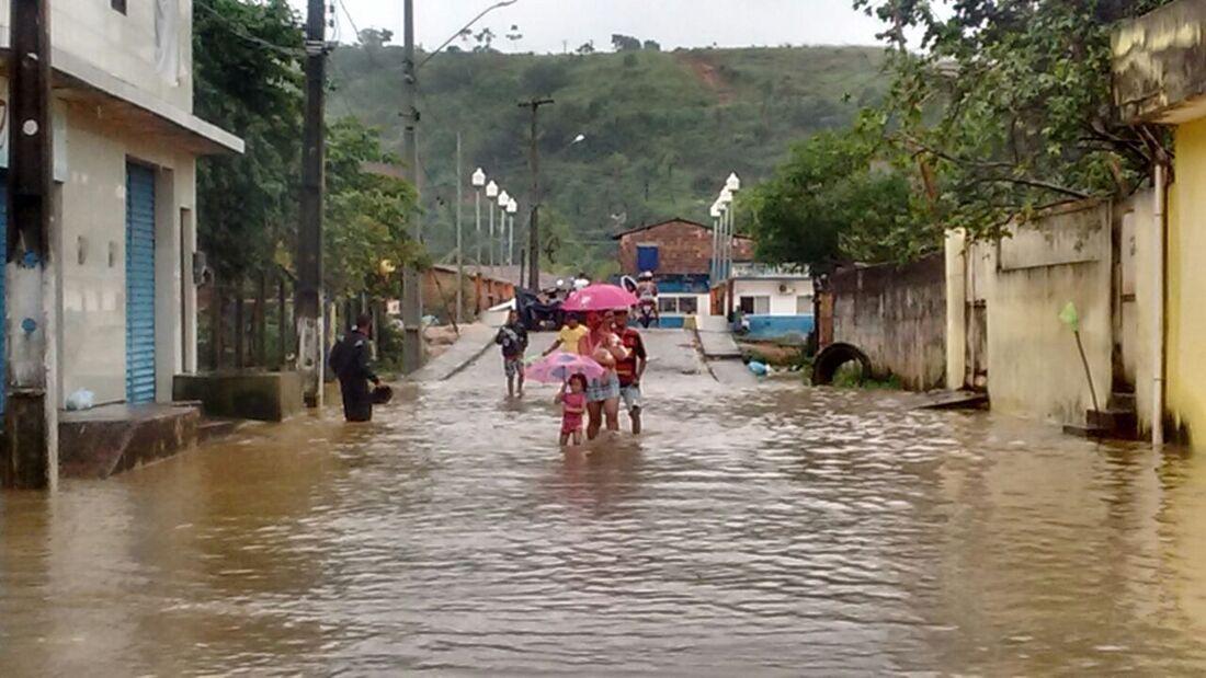 Enchente em Rio Formoso