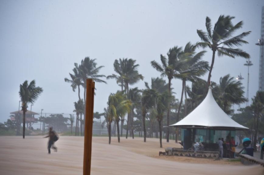 Ventos fortes têm causado pequenos transtornos