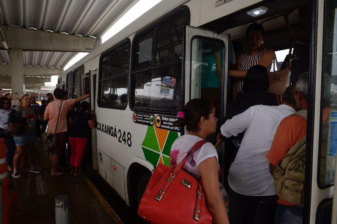 Greve dos rodoviários no Recife e Região Metropolitana