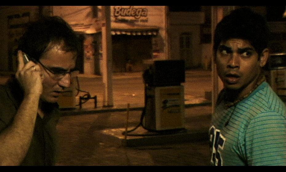 """Cena do filme """"Amigos de Risco"""""""