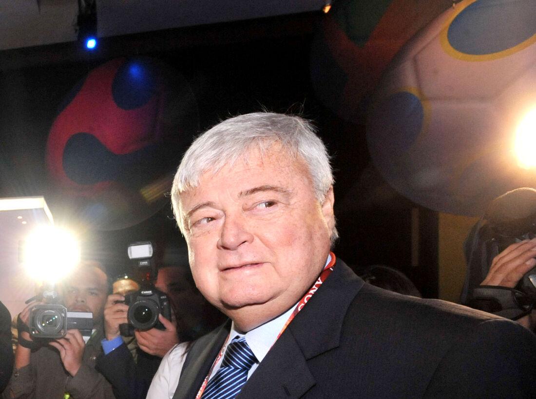 Ex-mandatário da CBF permanece livre no Brasil