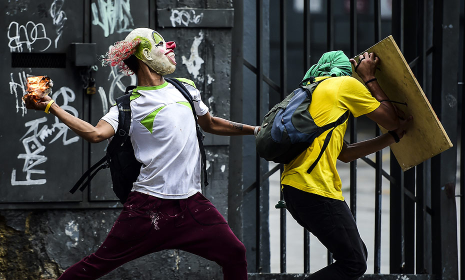 Confronto em dia de greve na Venezuela