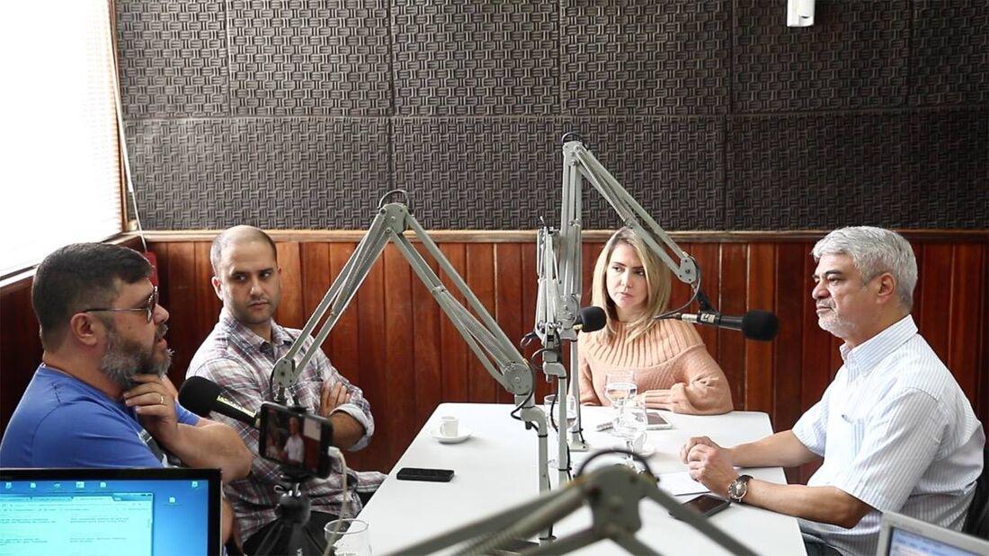 Programa foi gravado no estúdio da Rádio Folha FM 96,7FM