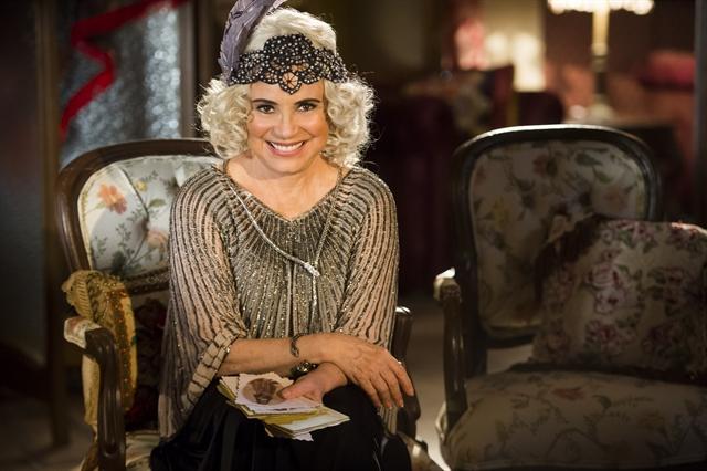 Madame Lucerne, personagem de Regina Duarte em 'Tempo de Amar'