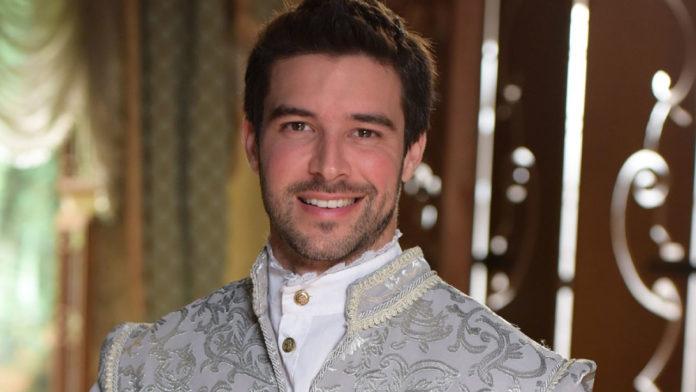 Enrico, personagem de Bernardo Velasco em 'Belaventura'