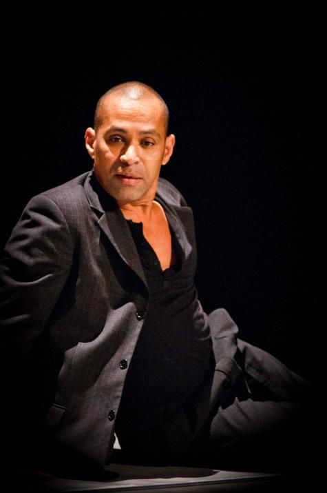 Bailarino e coreógrafo Marcelo Pereira