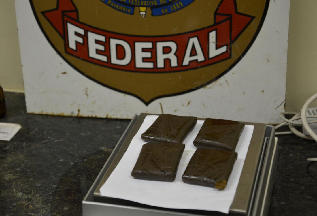 Polícia Federal apreende 200 gramas de haxixe
