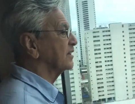 Caetano Veloso critica prédio em Boa Viagem