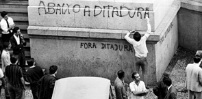 Ditadura no Brasil 295
