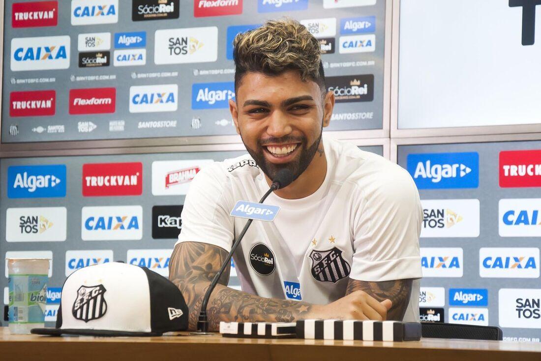 Gabigol usará a camisa 10 do Santos
