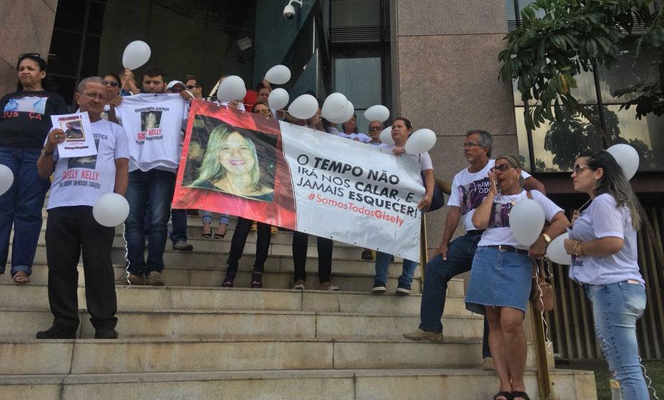 Protesto pelo assassinato de Gisely Kelly